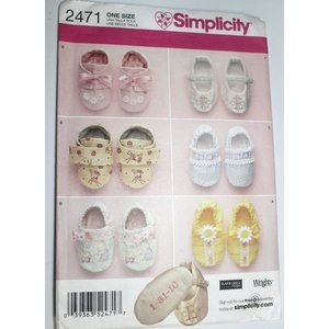 CUT Simplicity 2471 sewing pattern baby shoes